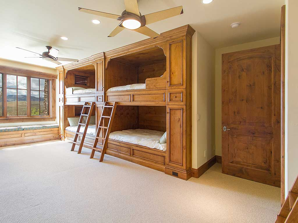 Grand Colibri Bunk Room