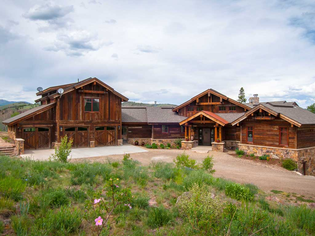 Luxury mountain homes for sale upscale real estate for Home and ranch